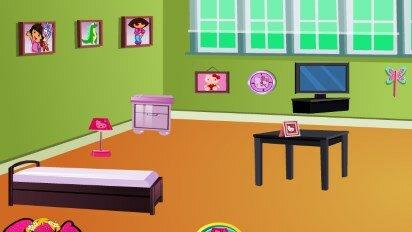 Даша и комната в стиле Хелло Китти